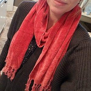 Accessories - Dark rose scarf